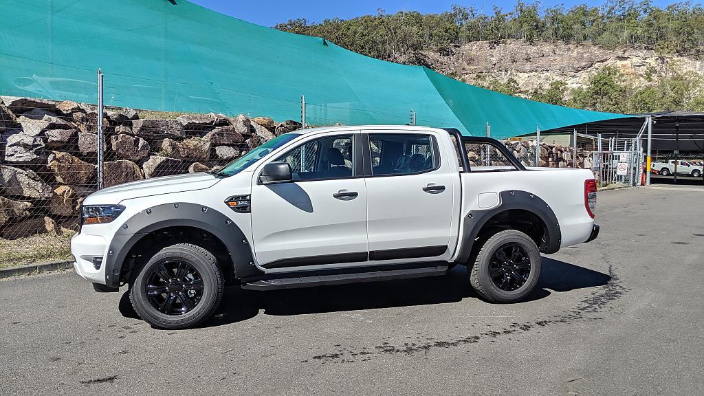 Lemy blatníků BOLT Ford Ranger / Wildtrak double cab 2019